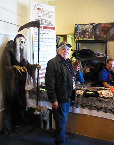 Dave Christensen at the Spooky Pinball booth