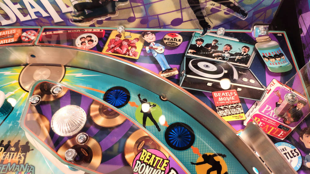 Artwork at the top right of the playfield