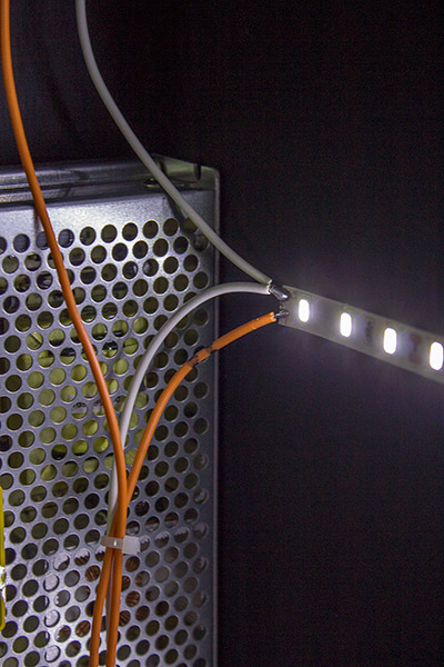 Connections to the backbox LEDs
