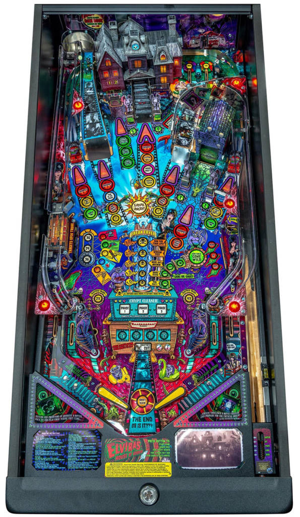 The playfield in the Premium cabinet