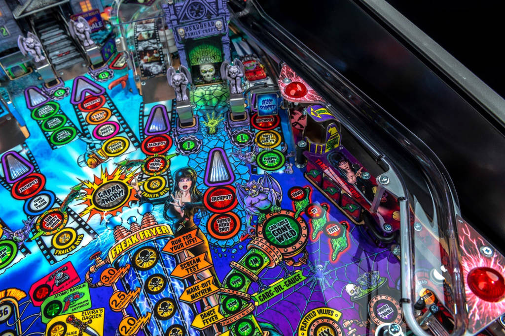 The right side of the playfield features the Deadhead Family Crypt