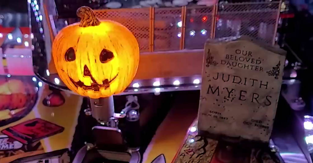 The illuminated pumpkin scoop and Judith Myers ball lock