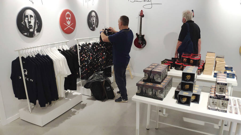 Queen guitars, clothing , mugs and more