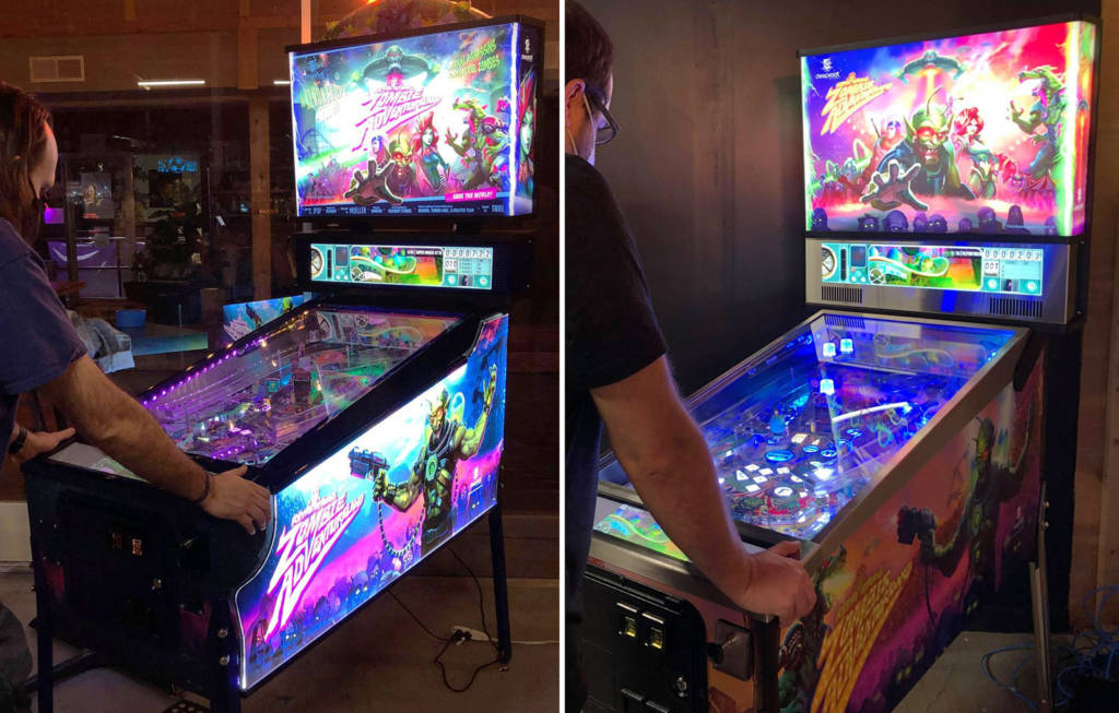 The Extra RAZA game on the left, the Arcade model on the right
