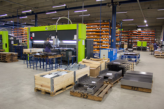 The metal bending presses