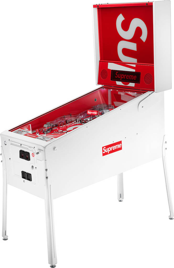 Supreme Pinball built by Stern Pinball