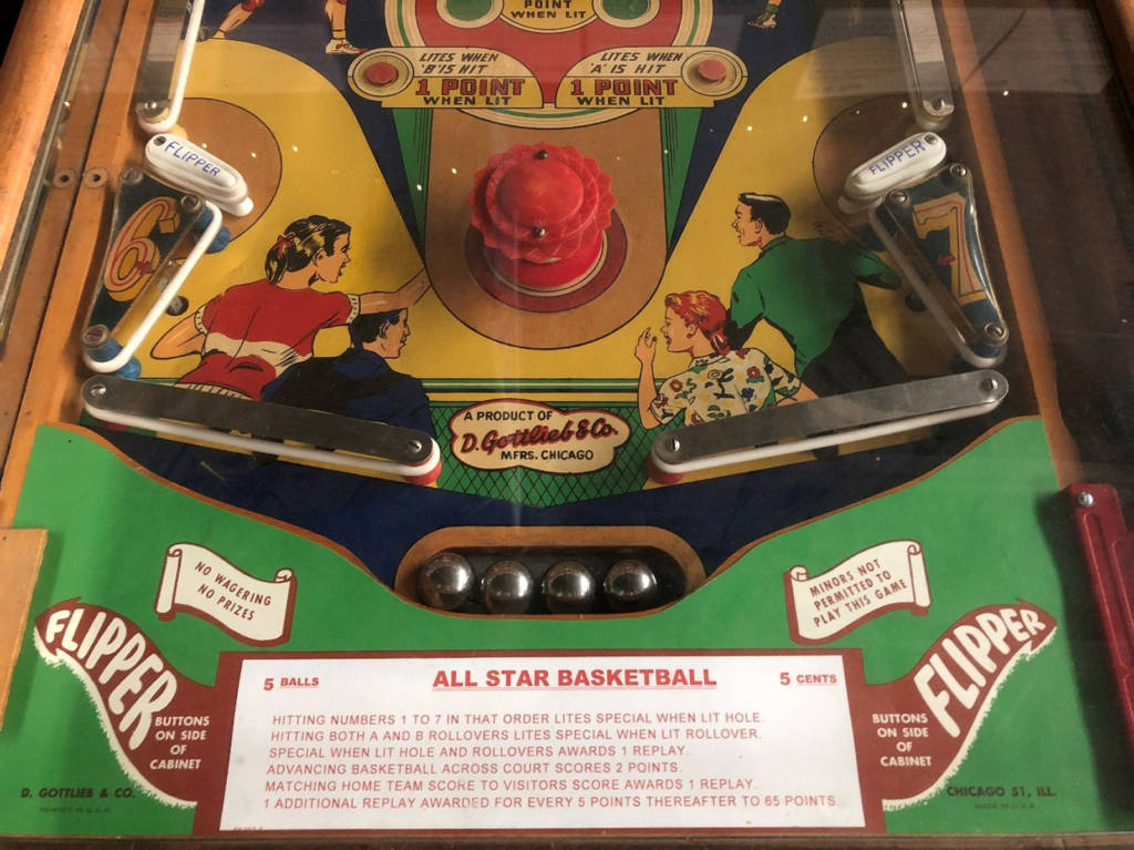 Lower playfield for All-Star Basketball (Gottlieb, 1952) Photo: Pacific Pinball Museum