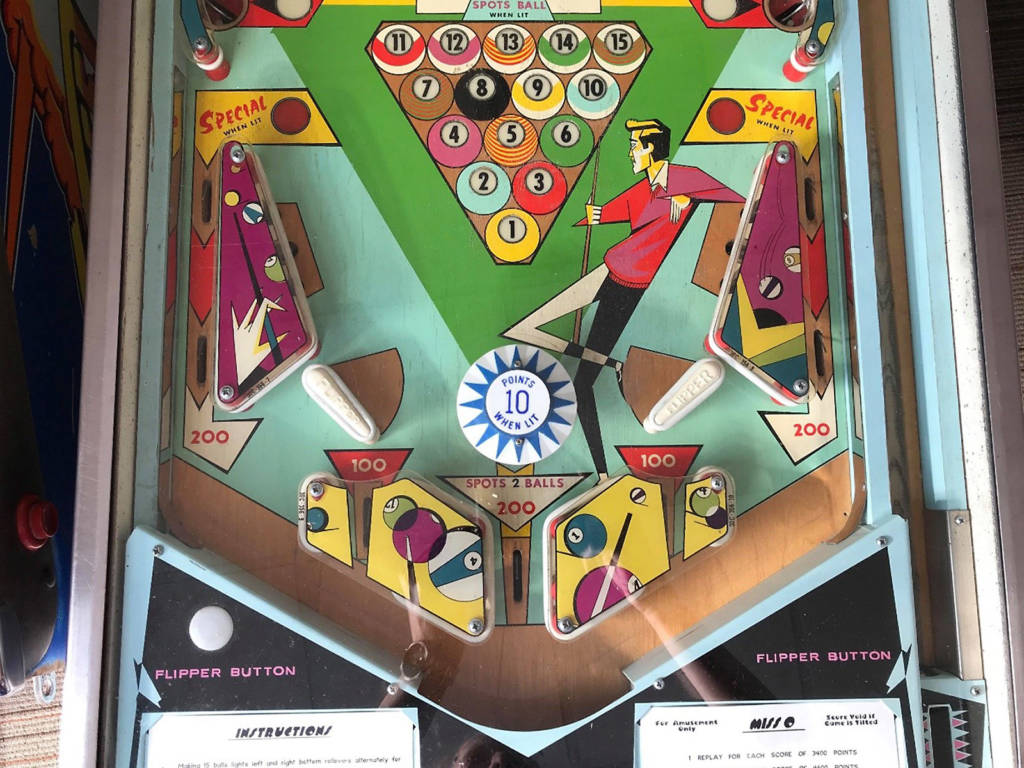 Lower playfield of Miss-O (Williams, 1969) Photo: Nic Schell