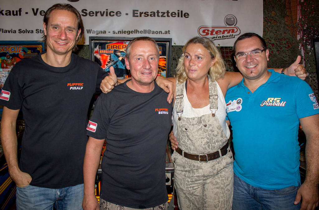 Daniela with the organisers in front of her prize machine