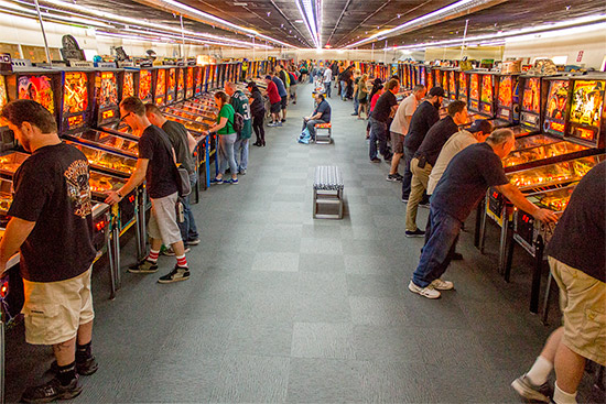 The central rows in the pinball hall