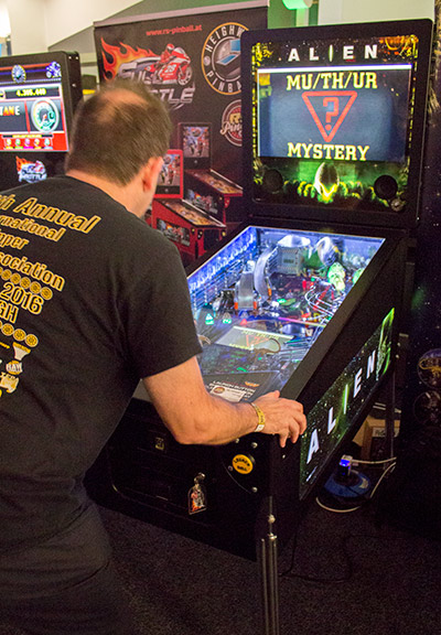 Alien Pinball was here together with Full Throttle