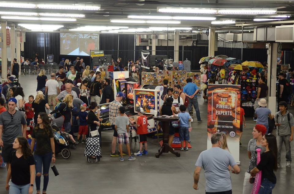 E-sports, vendors and more free play pinball