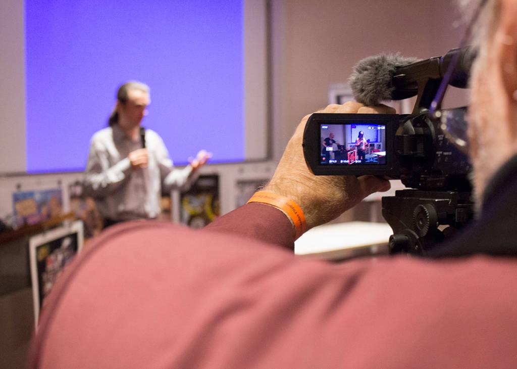 Peter recording Nicolas's seminar