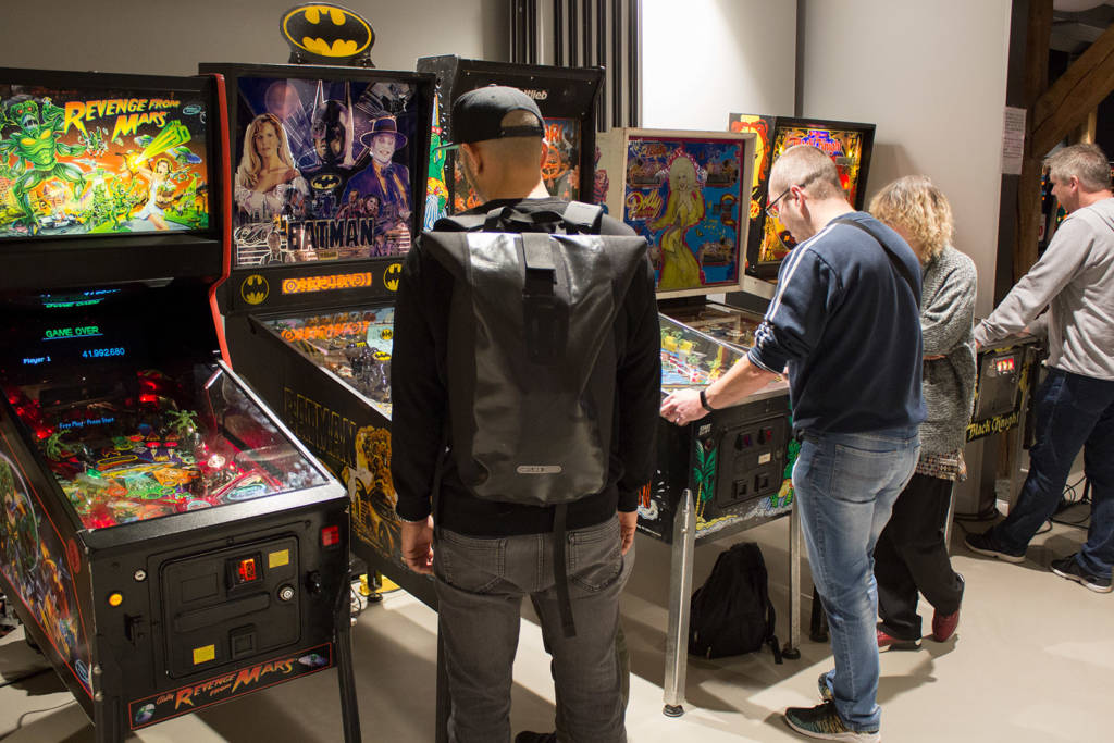 Continuing along the front wall we have more free play pinballs