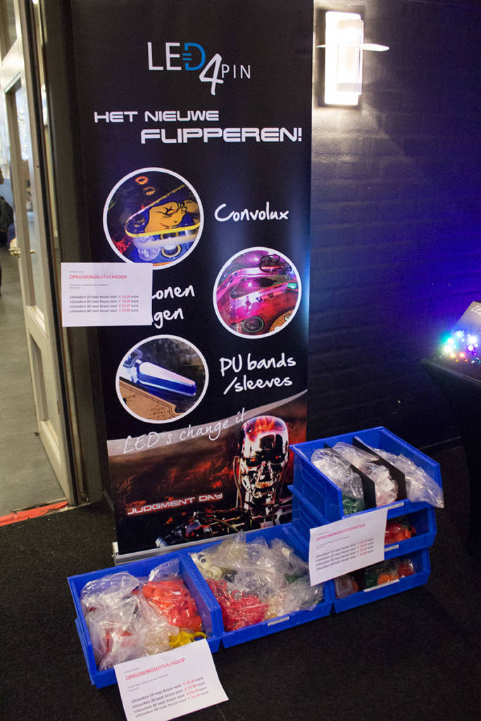 Flipper and playfield rubber replacements