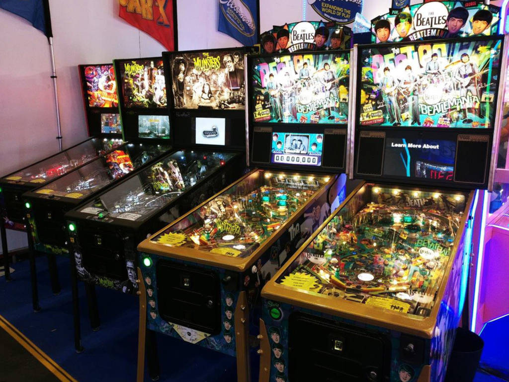 Electrocoin had five Stern pinballs on their stand