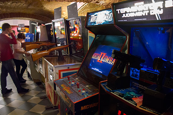 Video, rifle and video/pinball combo games in the corridor