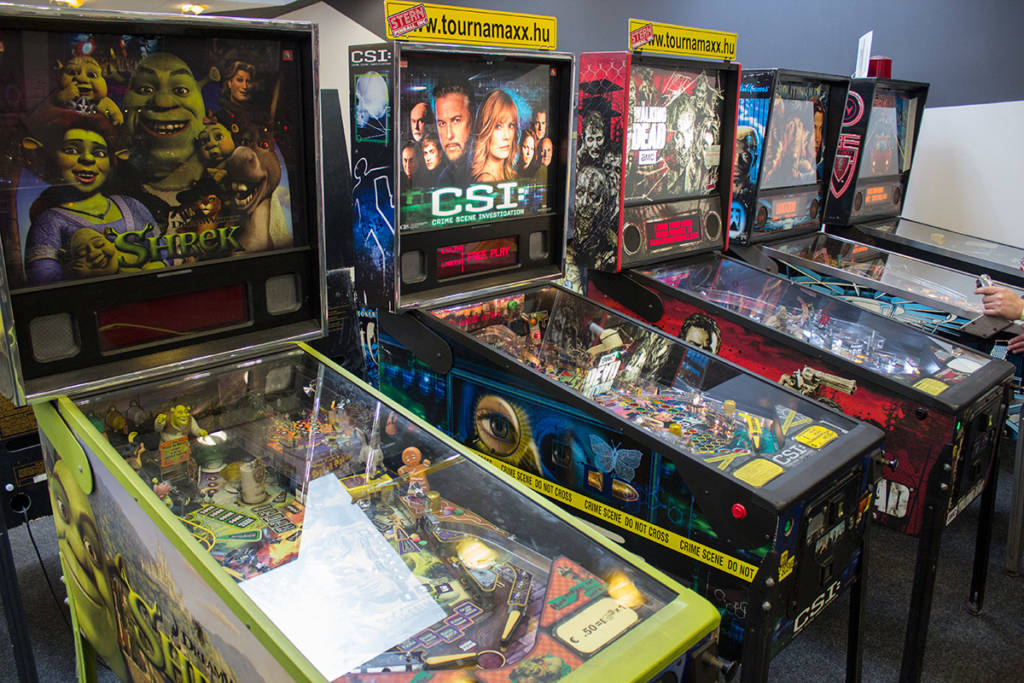 Some of the machines in the Hungarian Pinball Open