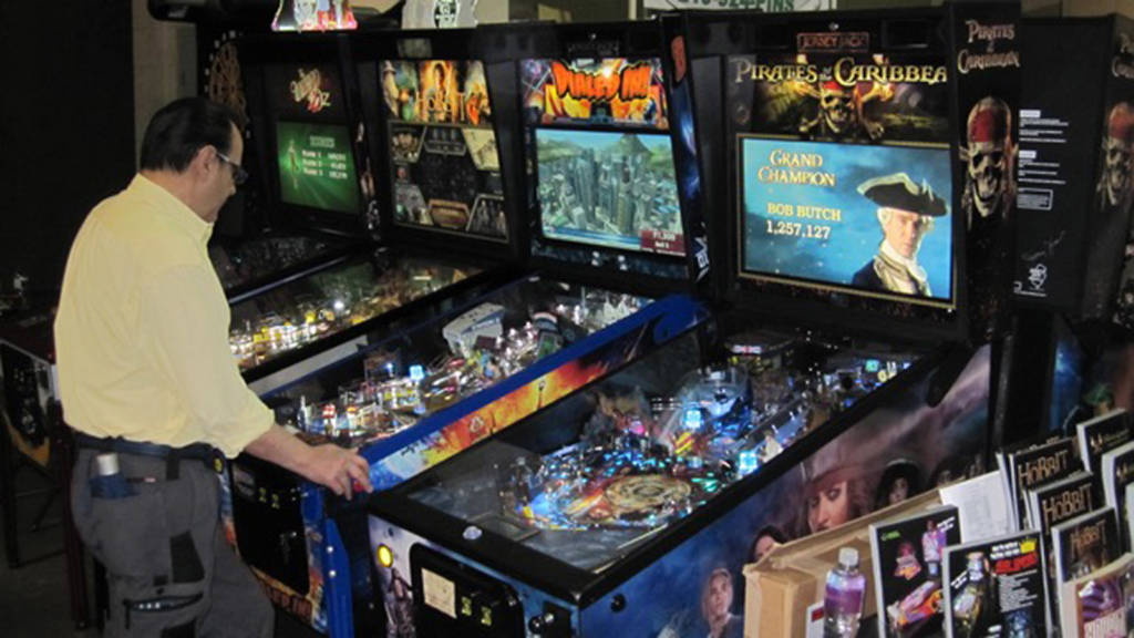 KingPin Games had all the Jersey Jack pins to play including the new Pirates of the Caribbean