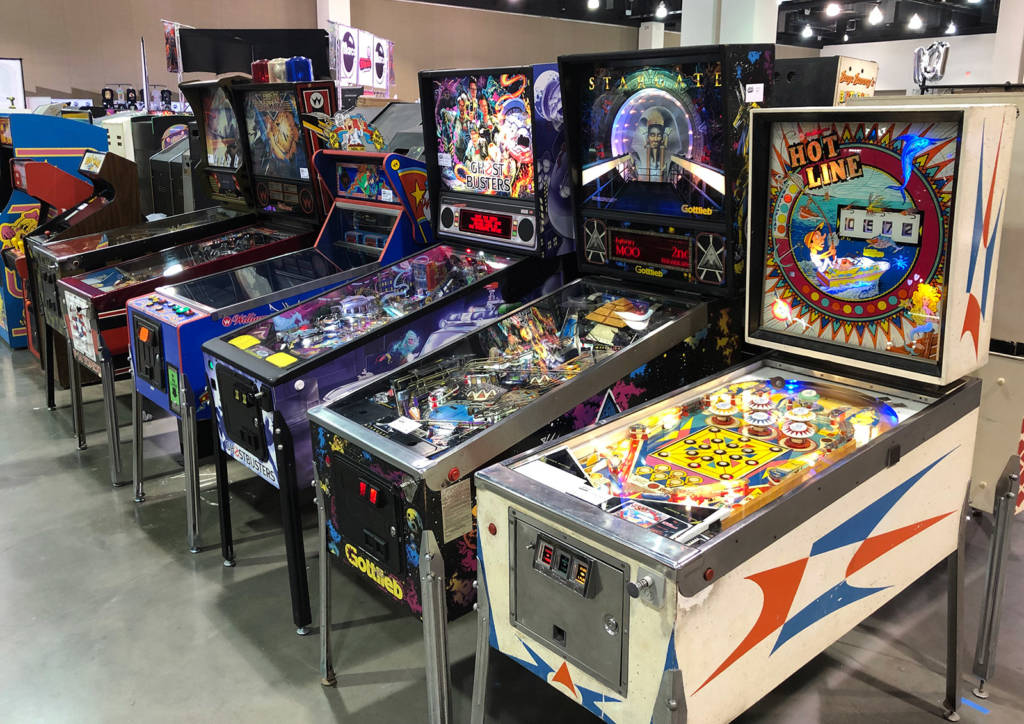 Some of the many pinballs available to play