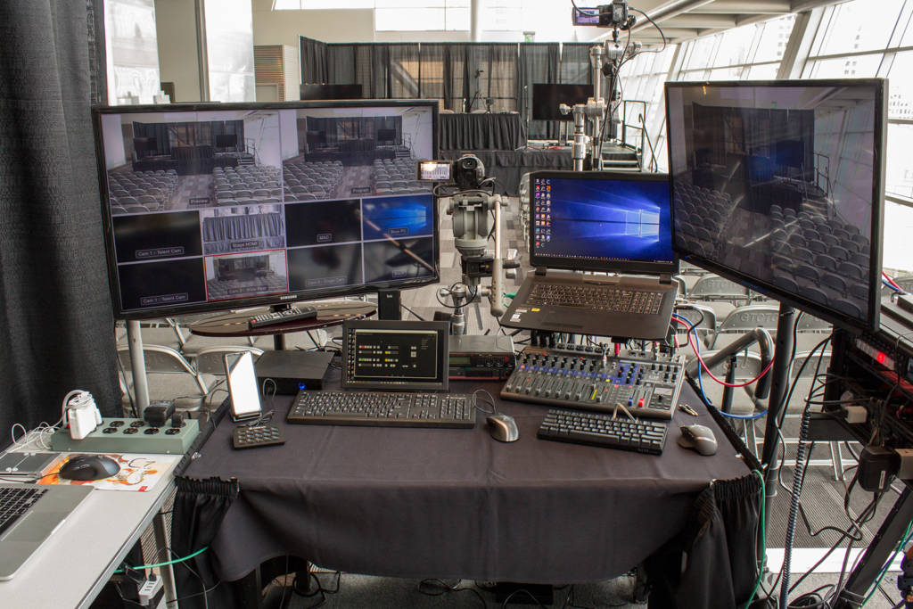 Mike's seminar control station