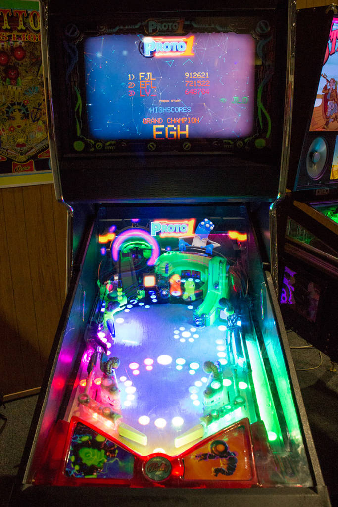 This Proto 1 game uses a Pinball 2000 style cabinet and playfield projection system