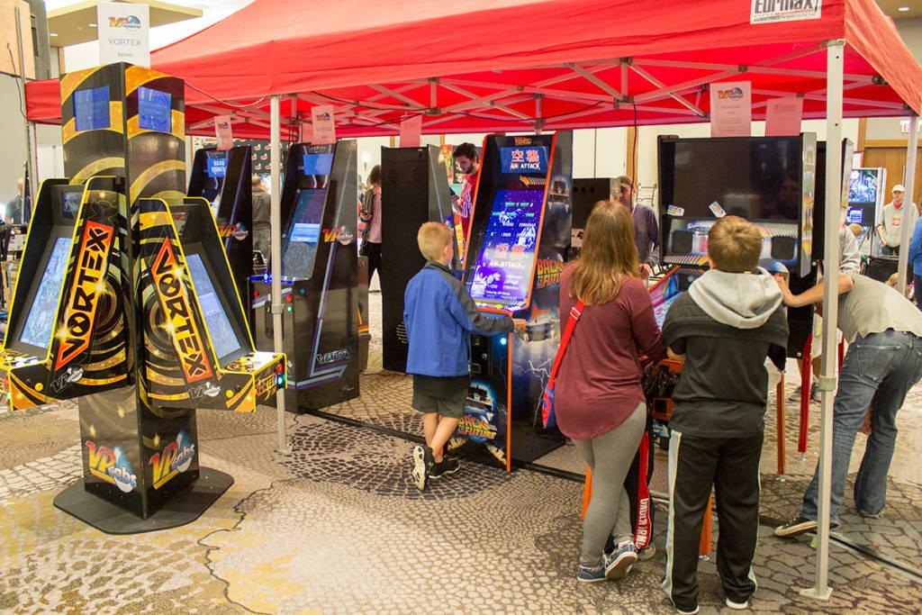 VP Cabs had a big display of computer pinball games