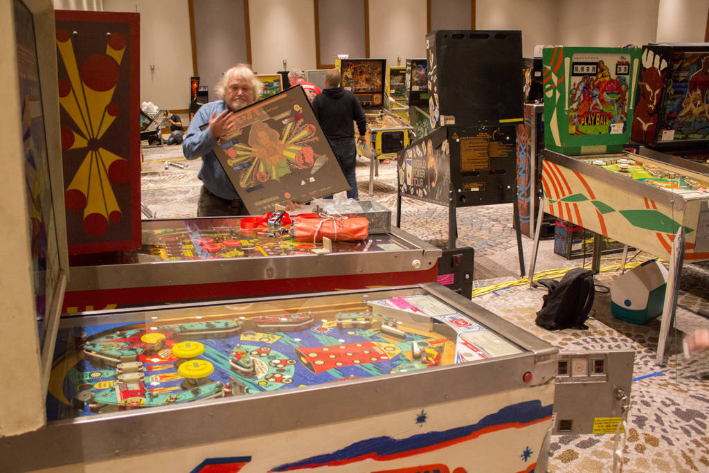 Everyone in the Game Hall was working hard to set up their machines