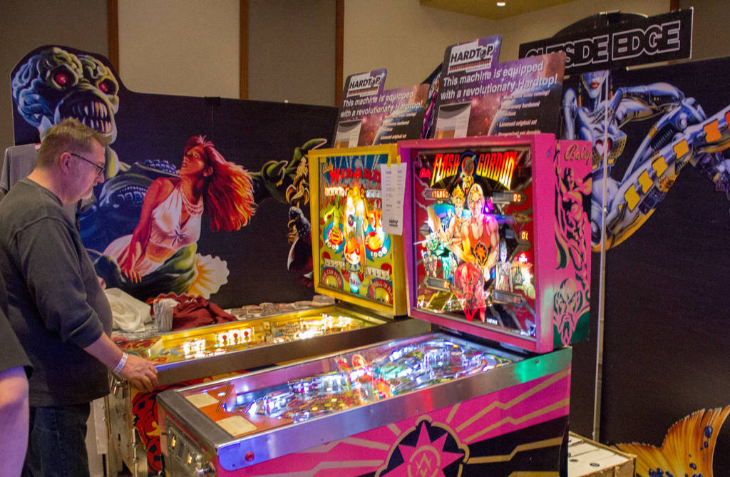 Outside Edge were showing two machines fitted with their Hardtop playfield artwork replacement overlay system