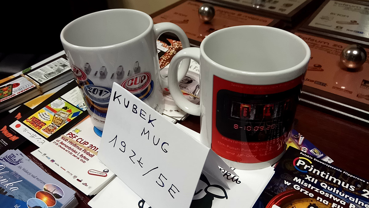 Commemorative mugs were available for 19 Zloty or €5