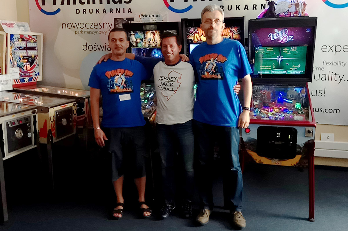 Łukasz, Jack and Marcin in front of Printimus Pinball's JJP collection