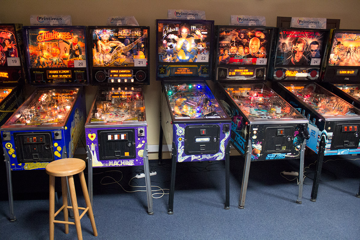 Some of the modern games in the left bank of machines