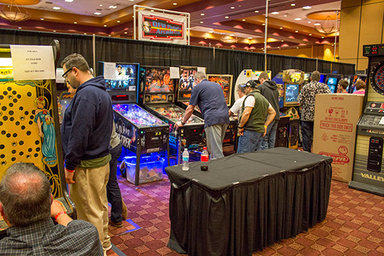 The DFW Pinball Arcade Club has a great display of pinballs and videos