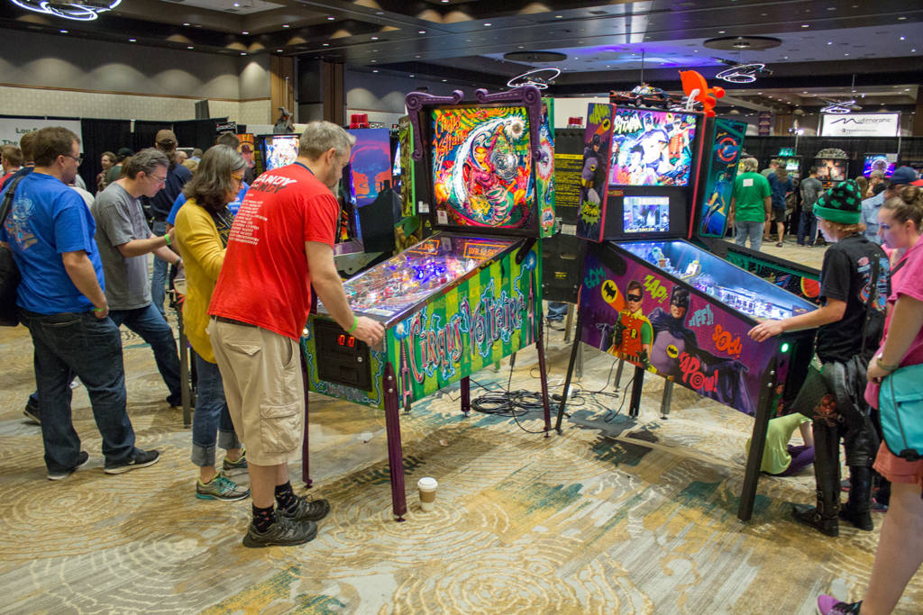 Free play machines near the entrance
