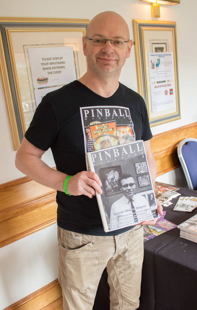 Speaking of new releases, Jonathan Joosten was at the show with a preview copy of Pinball Magazine issue 5