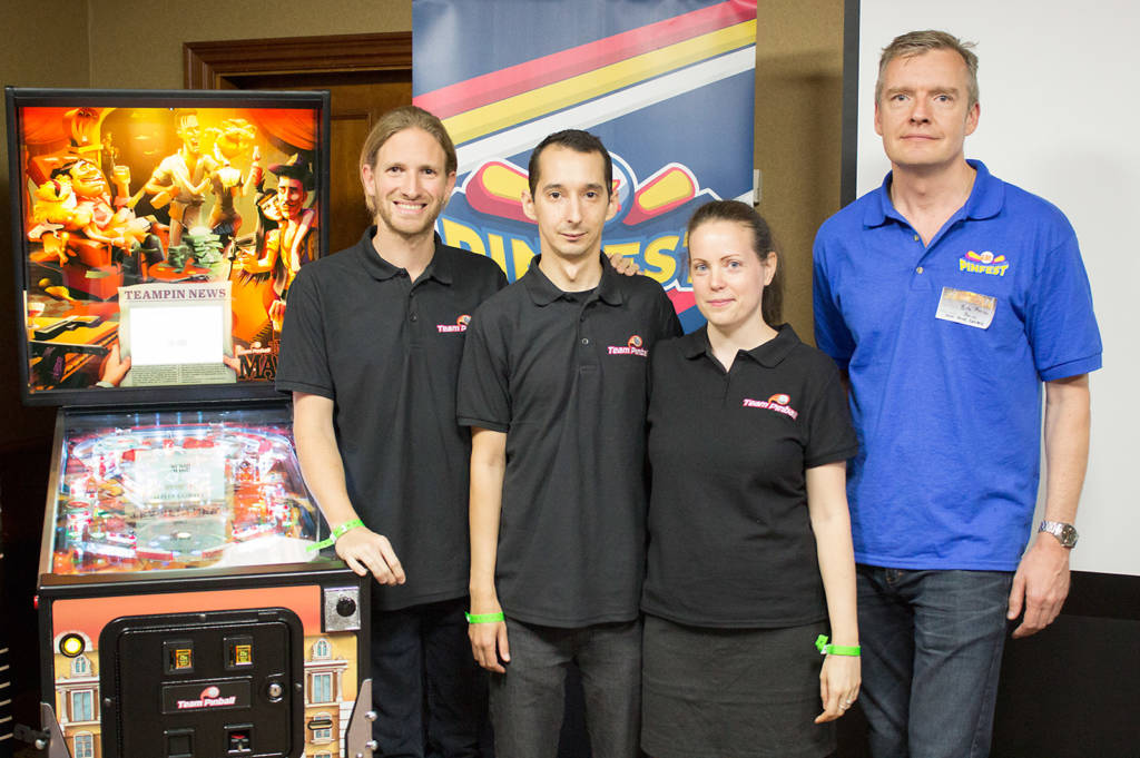 Show organiser Phil with Team Pinball after their seminar