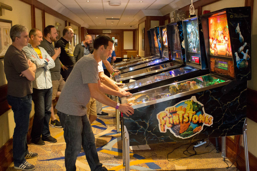 Play in the national finals of the UK Pinball League