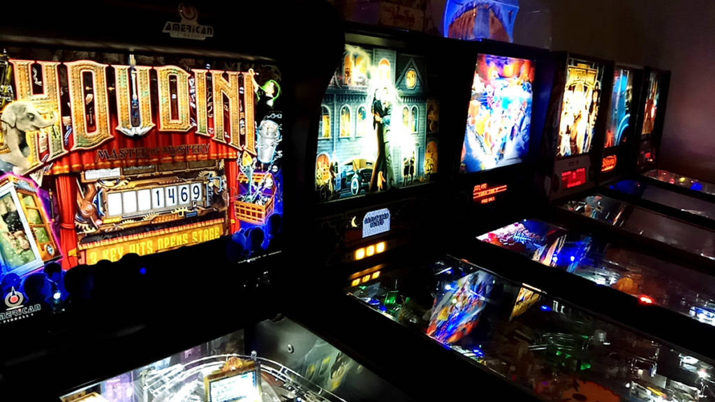 American Pinball's Houdini is here