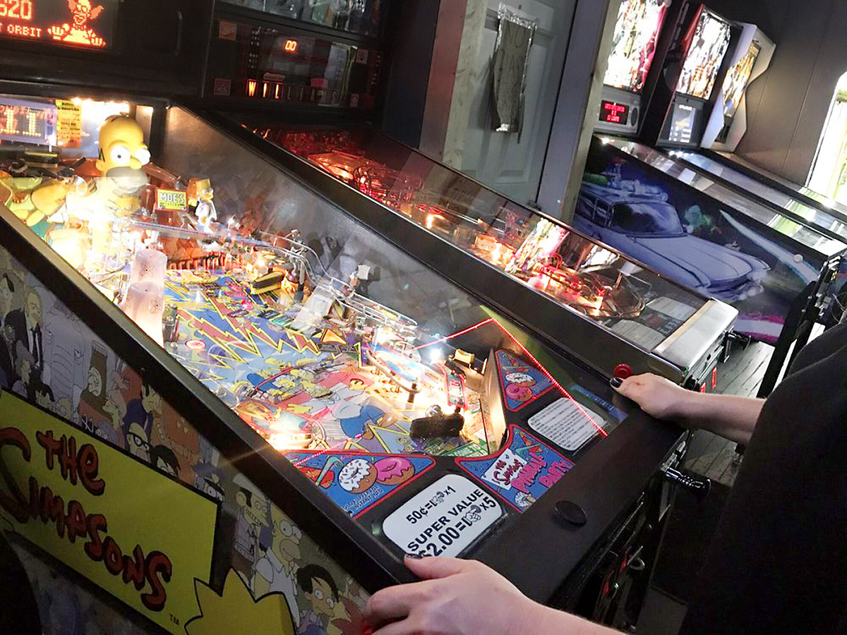 bremen cafe pinball nirvana forums. Black Bedroom Furniture Sets. Home Design Ideas