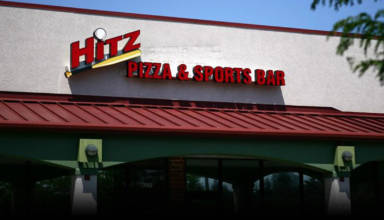 Hitz Pizza & Sports Bar in Mundelein