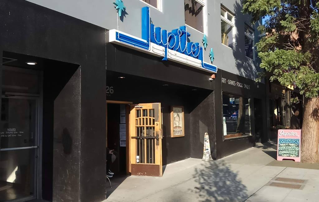Jupiter on 2nd Avenue in Seattle