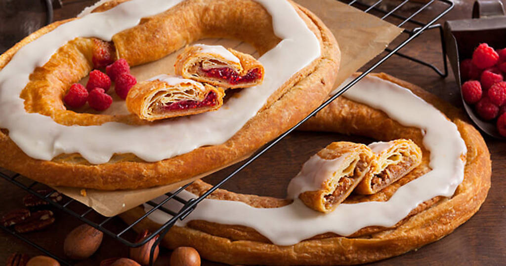 The raspberry and the pecan Kringle