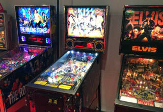 The Silver Ball Planet Pinball Arcade