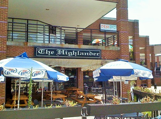 The exterior seating area of The Highlander